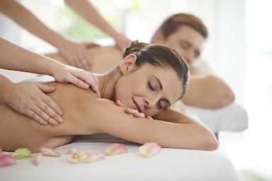 Massage Paar Wellnesshotel Freizeit In Göttingen